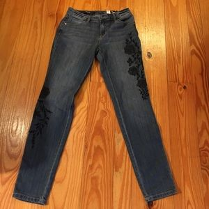 NWT Simply Vera Mid Rise Skinny Jeans